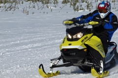 2017-Ski-Doo-MXZ-X-850-Action-Cornering