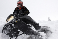 2019-Ski-Doo-Summit-X-4