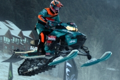 Snocross-Racer-Big-Air-2