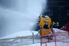 snowmaker-machine