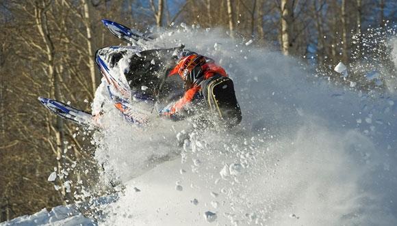 Yamaha Viper MTX Action