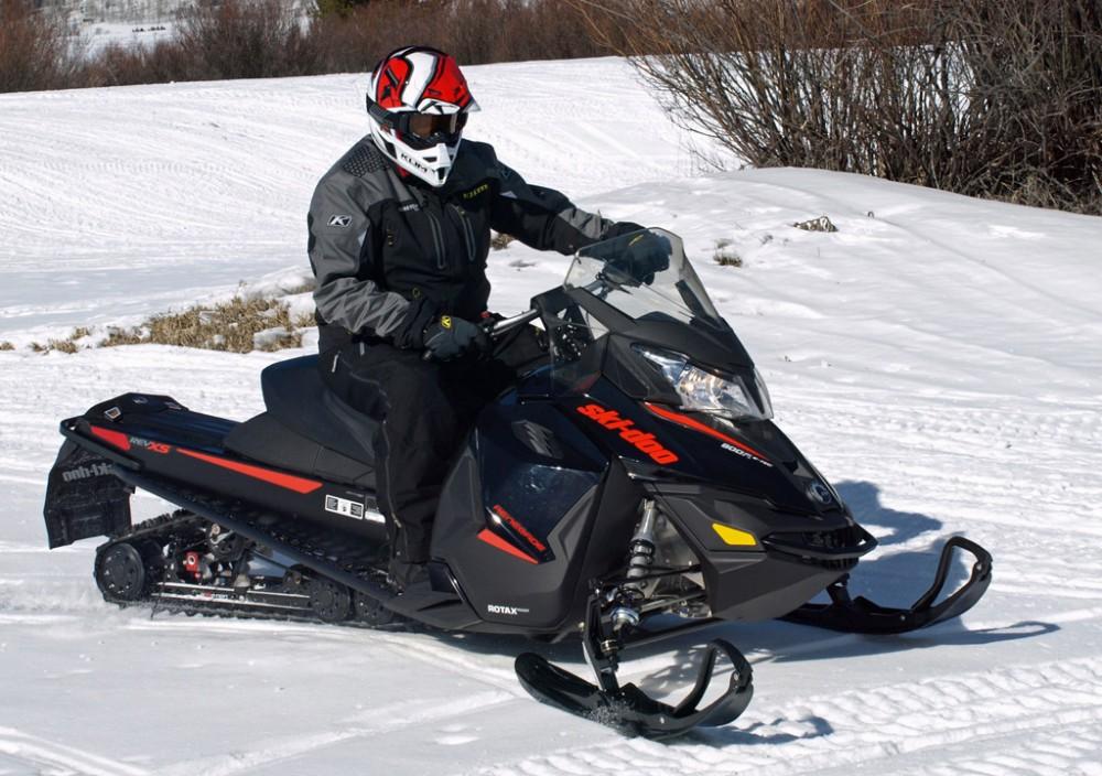 2016 Ski-Doo Renegade Adrenaline 800R