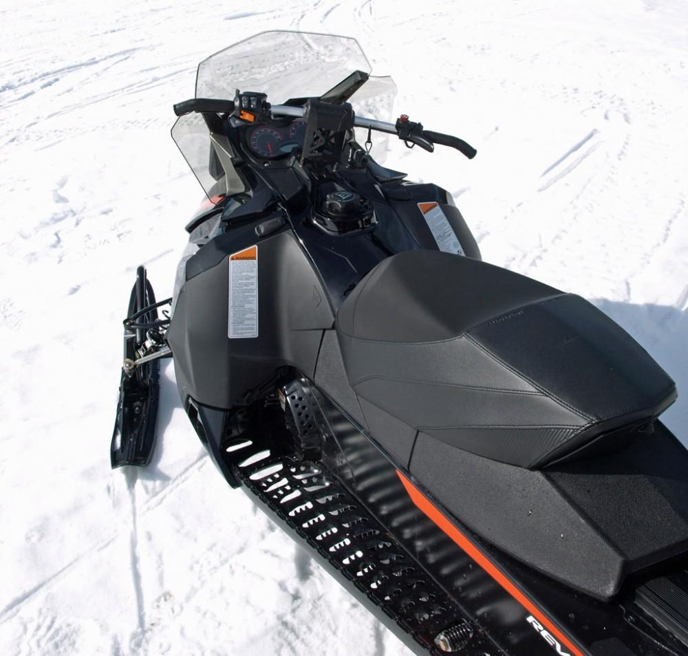 2016 Ski-Doo Renegade Adrenaline 800R Seat
