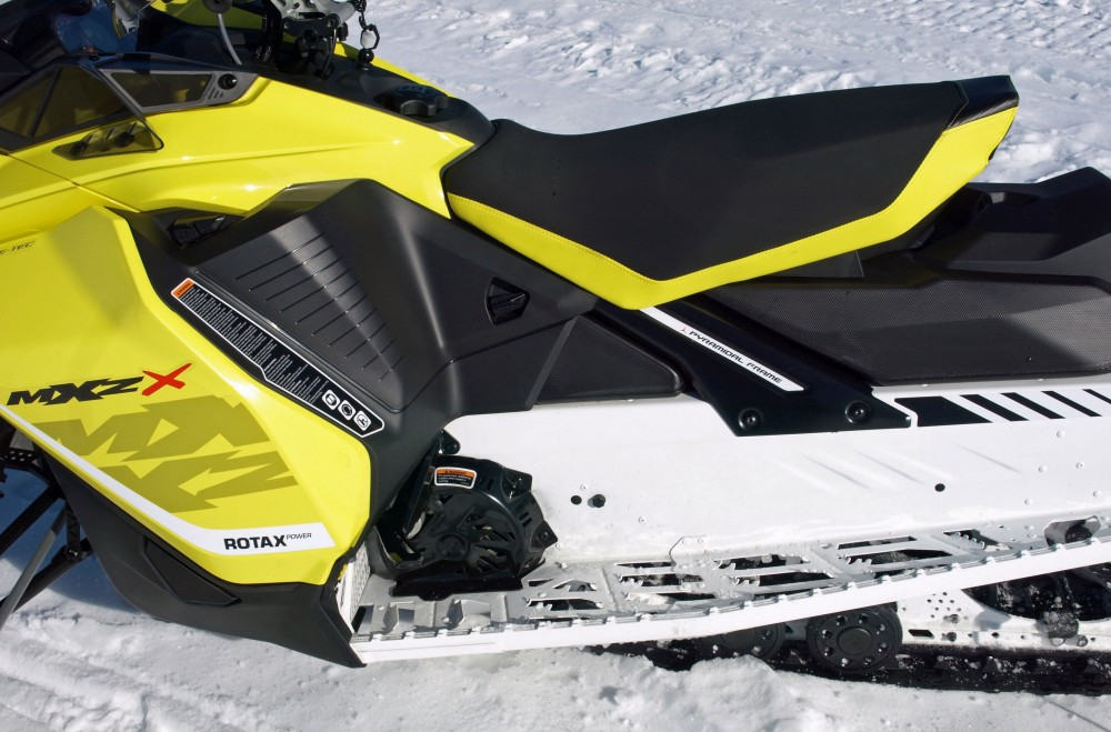 """Ski-Doo's Gen-4 platform features an """"open"""" toe hold, but there will be ample options available that allow you to customize """"locking"""" into the sled."""