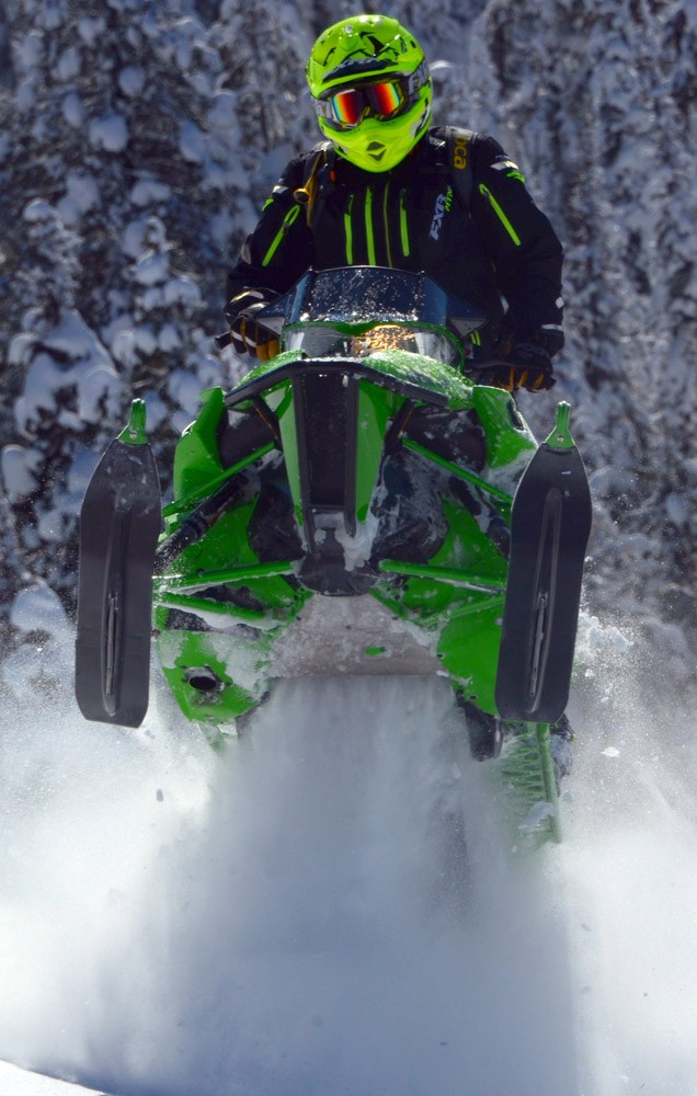 2017 Arctic Cat M8000 Mountain Cat Track