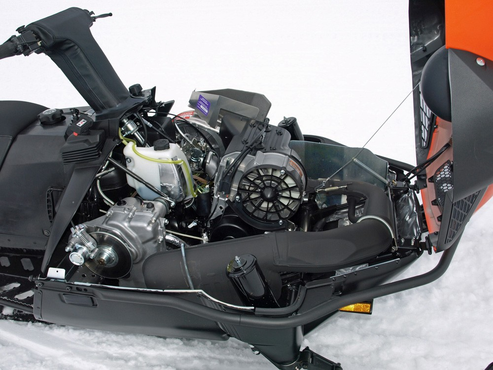 the fan cooled two stroke lives on snowmobile com rh snowmobile com Yamaha Vmax Snowmobile Yamaha 4 Stroke Snowmobile