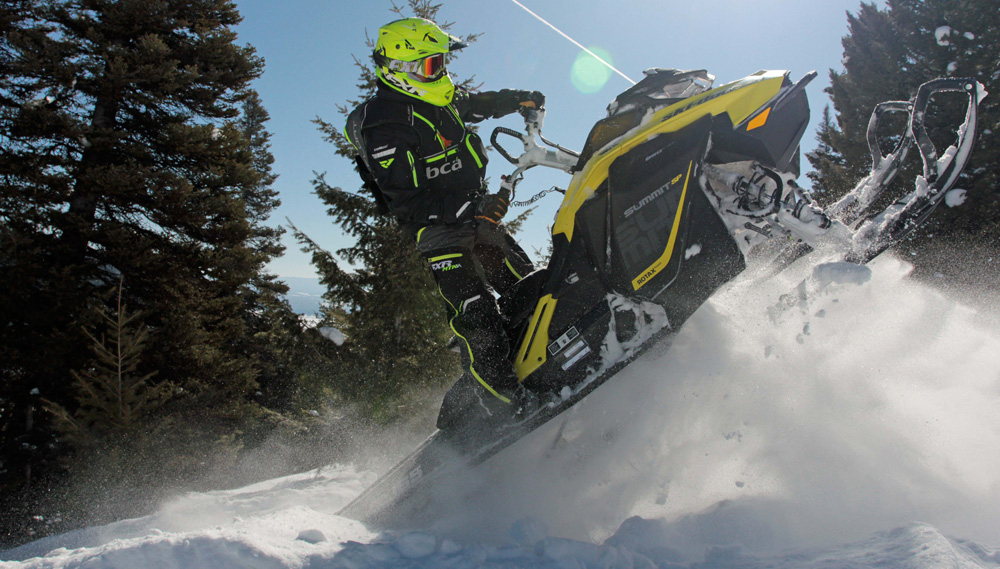 Renegade Race Fuel >> 2017 Ski-Doo Summit SP Review - Snowmobile.com