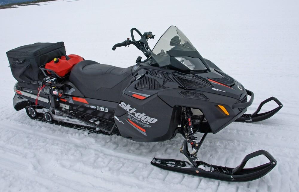 Ski-Doo Expedition Xtreme 800 Profile