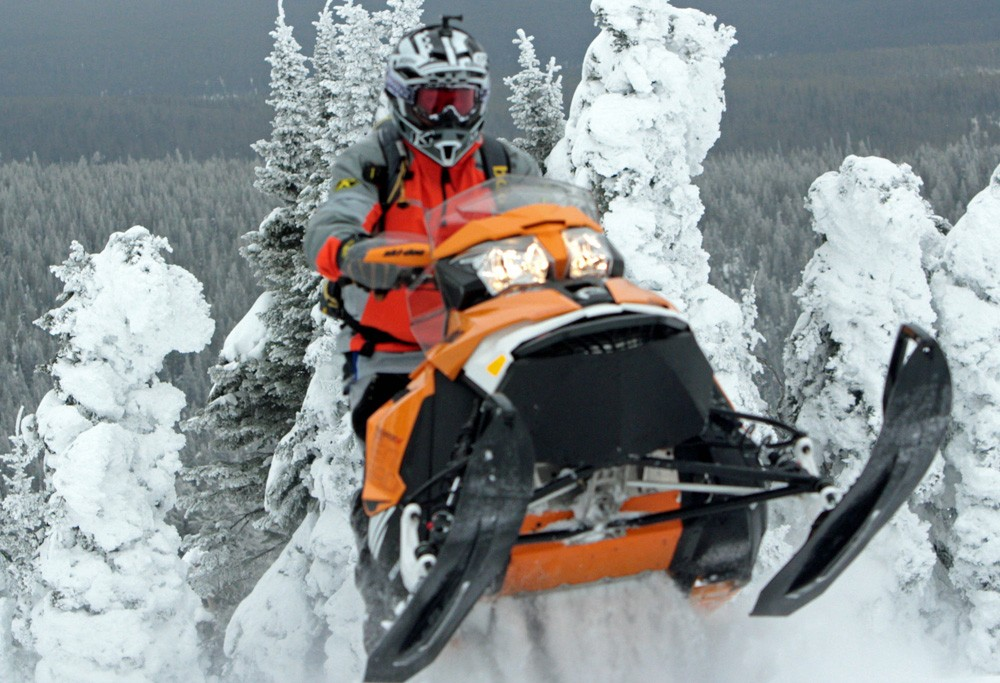2017 Ski-Doo Renegade Backcountry X 800R Jump