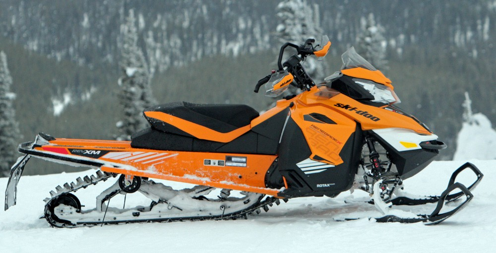 2017 Ski-Doo Renegade Backcountry X 800R Profile
