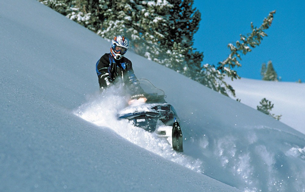 2001 Yamaha Mountain Max Sidehilling