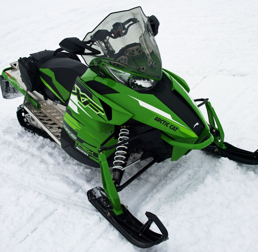 2017 Arctic Cat XF 6000 CrossTrek ES Front View