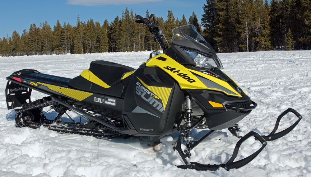 2017 Ski-Doo Summit SP Mountains