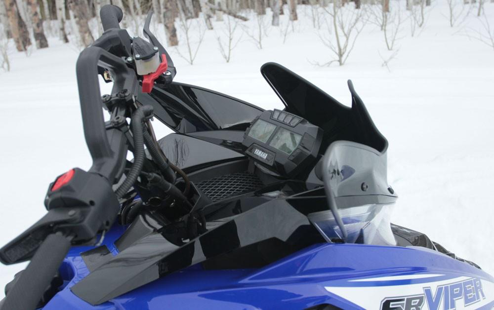 2017 Yamaha Viper X-TX SE 141 Steering Post