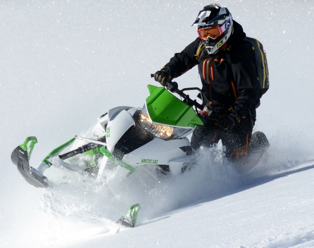 2017 Arctic Cat M6000