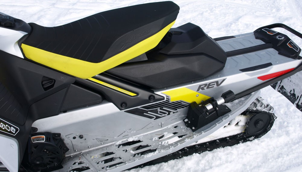 2018 Ski-Doo MXZ X-RS 850 rMotion Adjuster