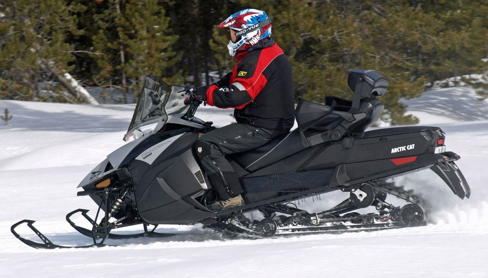 2018 Arctic Cat Pantera 6000 Action Side
