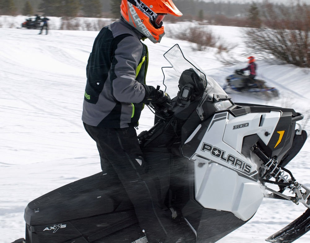 Polaris Titan Holeshot