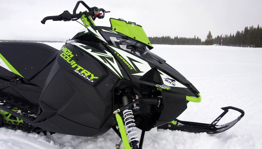 2018 Arctic Cat XF 9000 High Country Limited Right Side