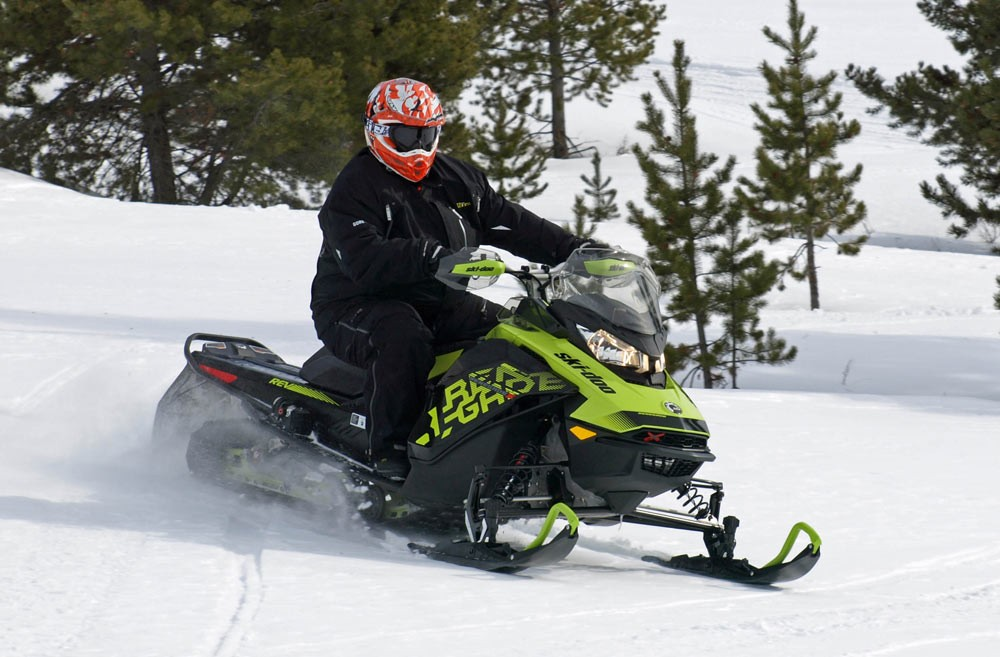 2018 Ski-Doo Renegade X-RS 850