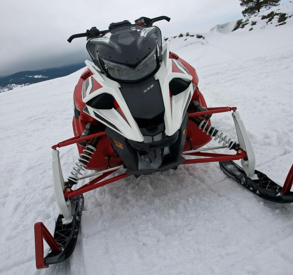 Yamaha Sidewiner Head On