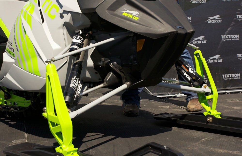 2018 Arctic Cat ZR6000R SX Front Suspension