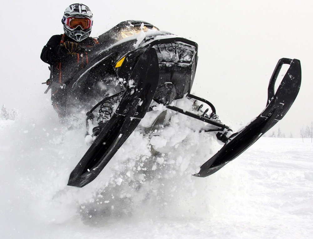 2019 Ski-Doo Summit X 2