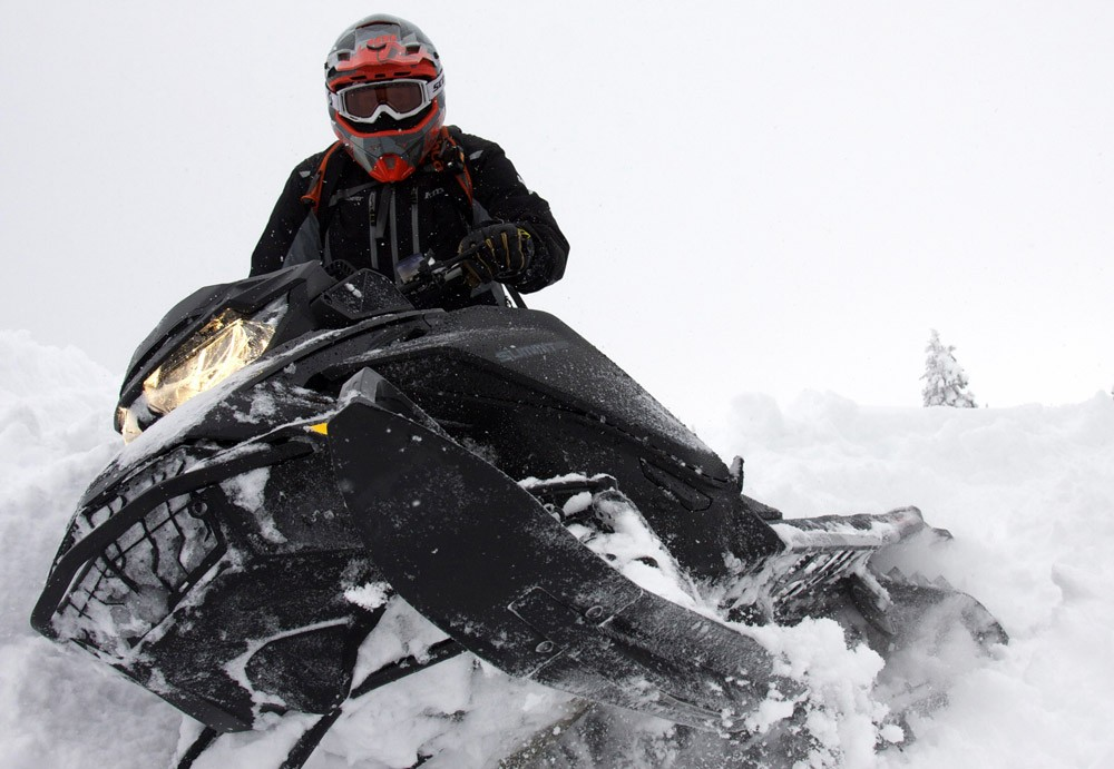 2019 Ski-Doo Summit X 4