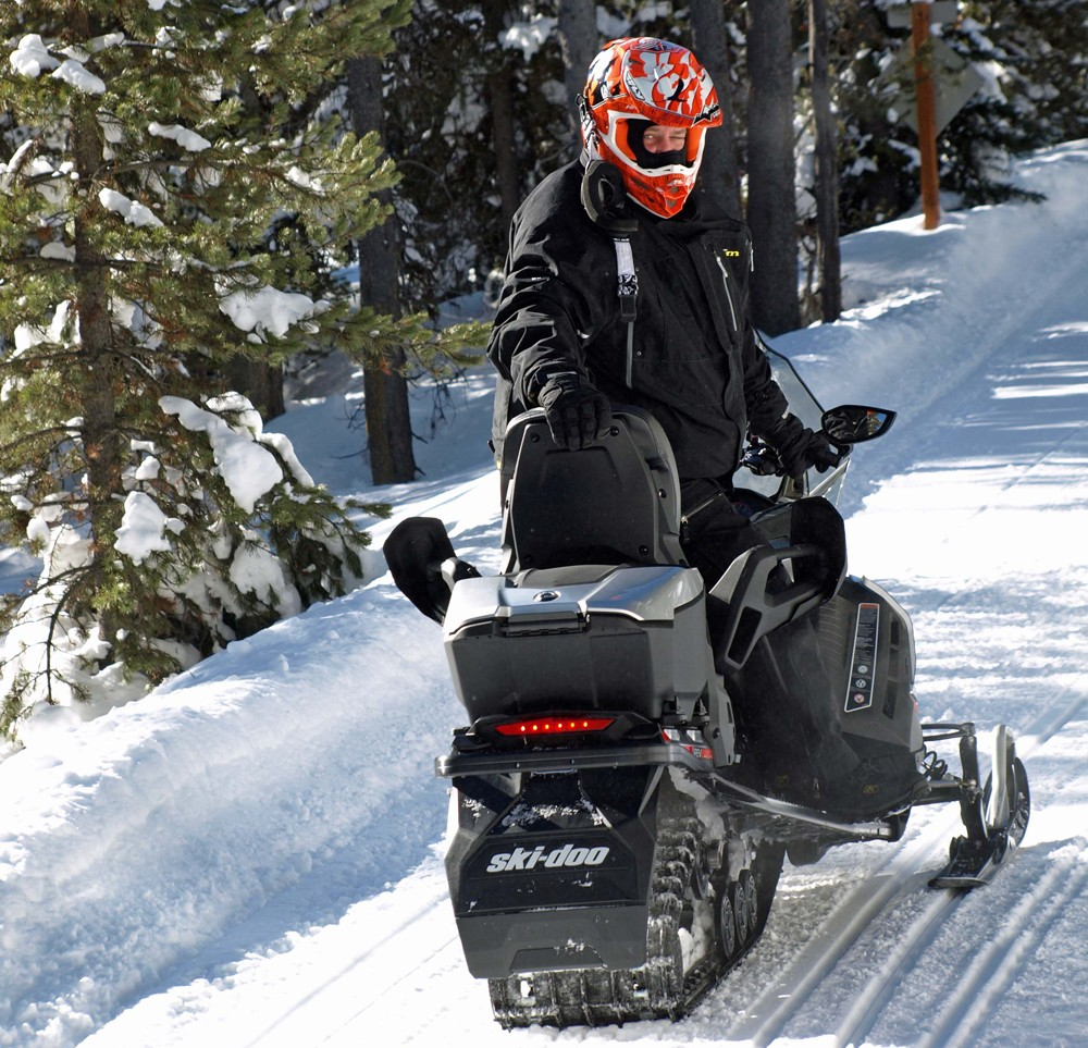 2019 Ski-Doo Grand Touring Limited 900 ACE Turbo Rear