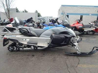 Used 2012 yamaha venture lite for sale used snowmobile for Used yamaha snowmobiles for sale in wisconsin