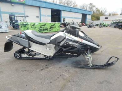 Used 2007 arctic cat f6 sno pro for sale used snowmobile for Yamaha f6 price