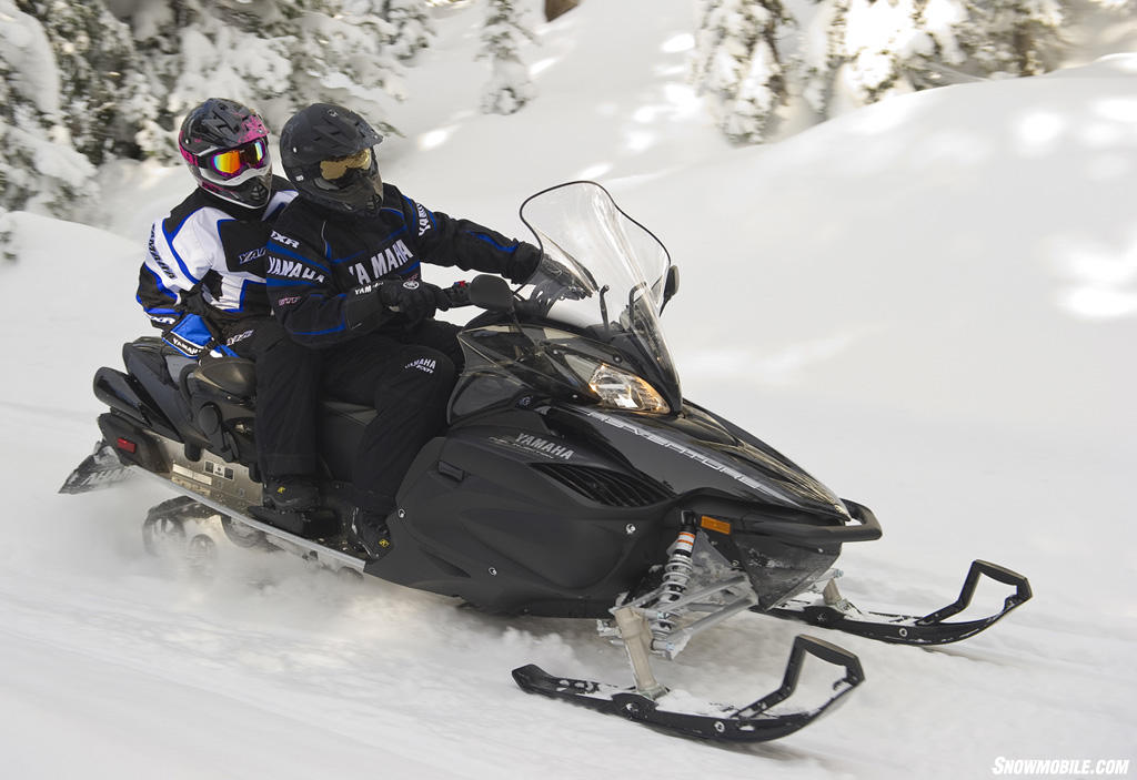Yamaha Venture Snowmobile Reviews