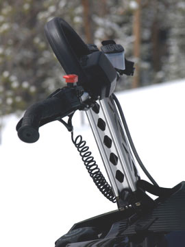 The riser bar puts the handlebars ready for standing tall in deep snows.