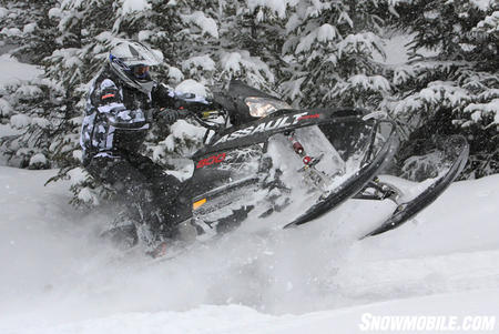 POL_Assault deep snow 2010 polaris rmk, dragon & assault review snowmobile com  at gsmportal.co