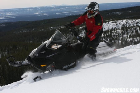 With changes that make it a better sidehilling ride, the Summit 600 E-TEC confidently runs mountain ridges.