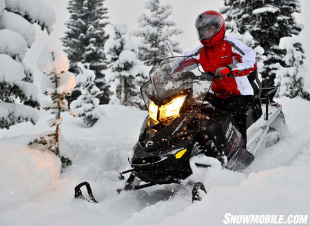 2011 Ski-Doo Expedition Sport 