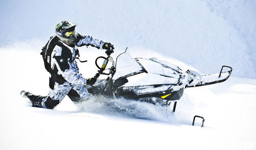 2013 Polaris 800-Pro-RMK 155 Powder Crest
