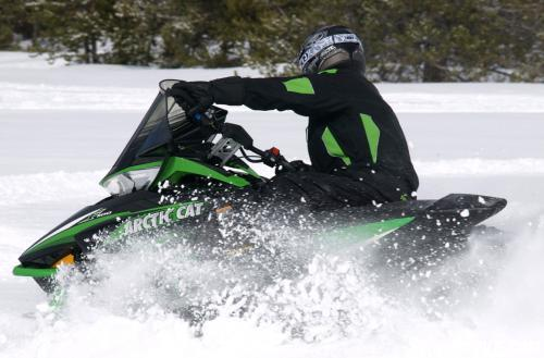 2013 Arctic Cat F1100 LXR Action Turning