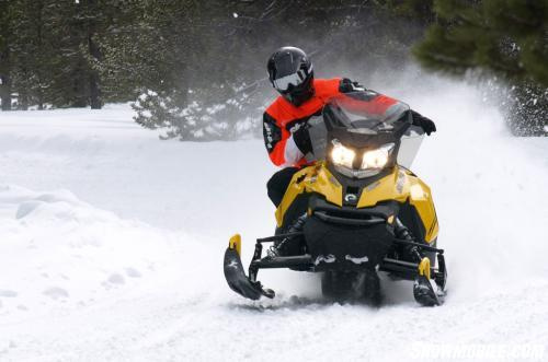 2014 Ski-Doo MXZ TNT ACE 900 Action Cornering