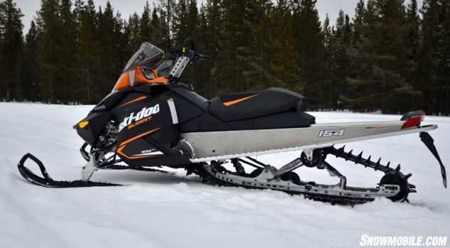 2014 Ski-Doo Summit Sport 800R Profile