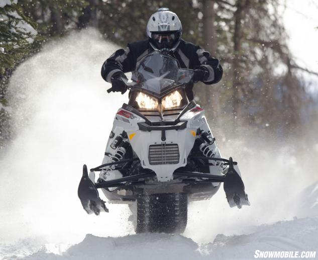 2014 Polaris 800 Rush Pro-R Action Jump