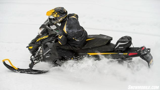 2014 Ski-Doo Renegade 600 E-TEC Action Left