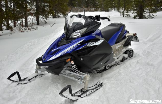 2014 Yamaha Apex XTX Front Right