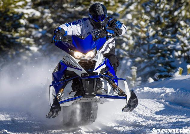 2015 Yamaha SR Viper RTX SE Action Front Blue