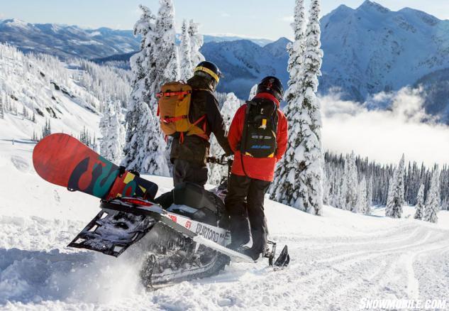 2016 Ski-Doo Summit Burton