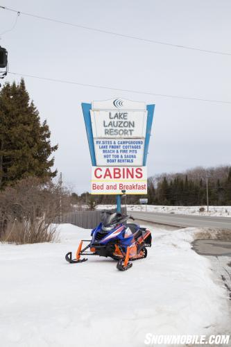 Lake Lauzon Resort Sign