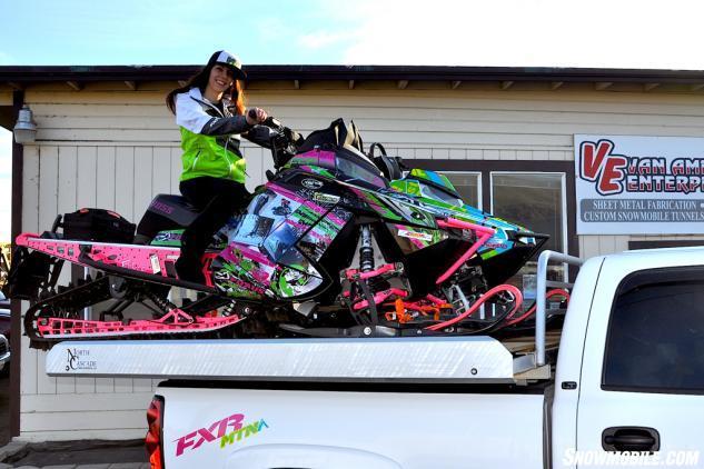 Oregon Ladies Ride Pink Hawk 3