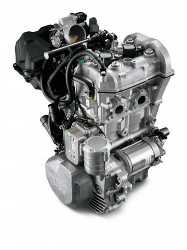 Suzuki Snowmobile Engines