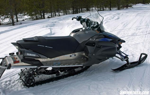 Yamaha Vector Snowmobile Review