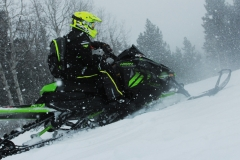 Taking up the trails or wintry landscapes on cold days are pleasurable on the XF 9000 High Country with its heated seat, heated bars and wide ski stance.
